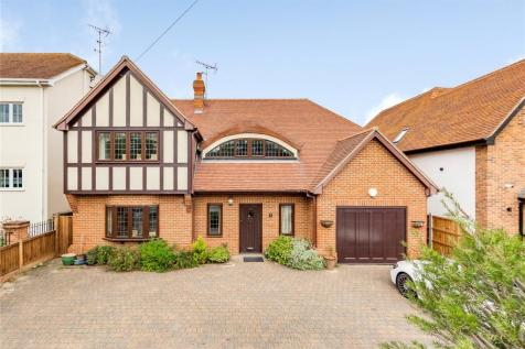 Berther Road, Emerson Park, RM11. 3 bedroom detached house for sale