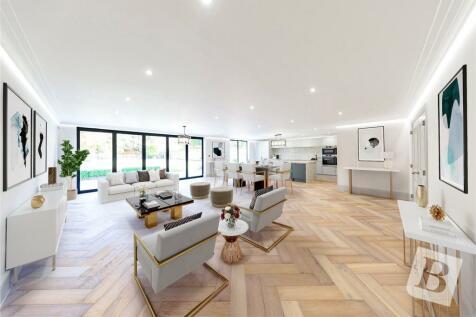 Ayloffs Walk, Emerson Park, RM11. 5 bedroom detached house for sale