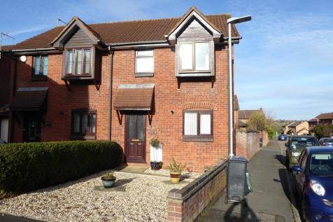 YEOVIL. 3 bedroom semi-detached house