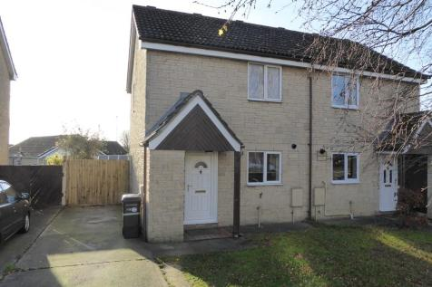 ABBEY MANOR PARK, YEOVIL. 2 bedroom semi-detached house