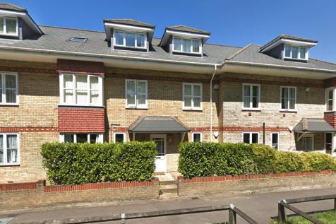 Woodmill Court, London Road, Ascot, Berkshire, SL5. 2 bedroom ground floor flat