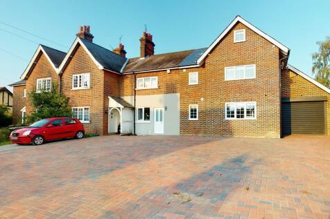 Gravel Lane, Chigwell. 4 bedroom semi-detached house