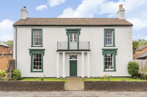 Boxmoor, Hemel Hempstead, HP3. 3 bedroom detached house