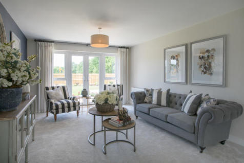 Horsham Road, Cranleigh, GU6. 4 bedroom detached house