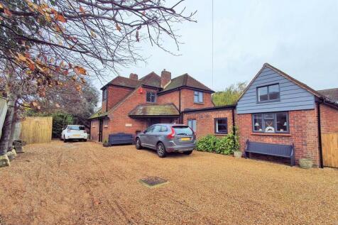 Grays Close, Alverstoke, Gosport, PO12. 5 bedroom detached house for sale