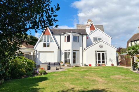 Monckton Road, Alverstoke, PO12. 5 bedroom detached house for sale