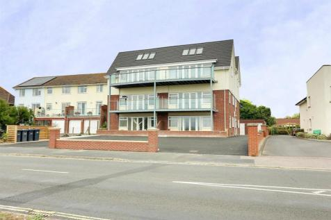 Sea Front, Hayling Island. 2 bedroom apartment