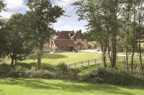 Frieth, Oxfordshire, RG9. 7 bedroom detached house for sale