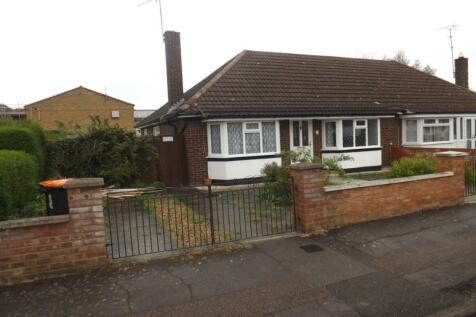 Whitehouse Close, Houghton Regis, Dunstable, LU5, Bedfordshire property