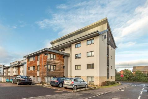 69 Morris Court, Perth, PH1. 2 bedroom flat