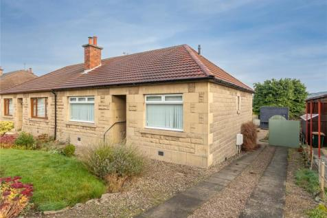 13 Pitheavlis Crescent, Perth, PH2. 2 bedroom bungalow