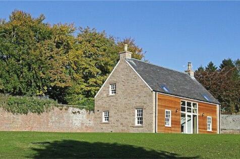 Tudor Cottage, Methven Castle, Perth, PH1. 2 bedroom bungalow