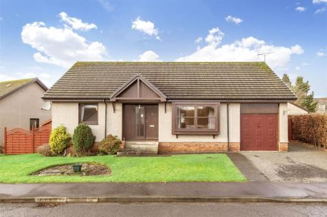 32 Hatton Road, Luncarty, Perth, PH1. 3 bedroom bungalow for sale