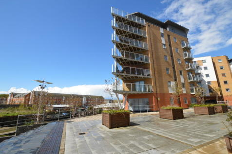 Sail House, Colchester. 2 bedroom apartment