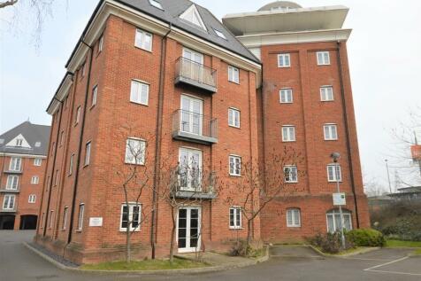Hardies Point, Hawkins Road. 2 bedroom apartment