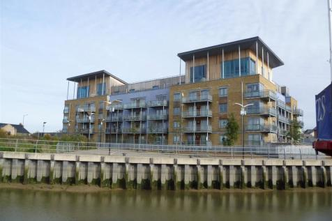 Quayside Drive, Colchester. 4 bedroom penthouse
