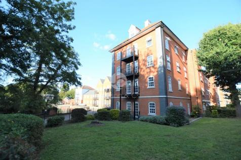 Albany Gardens, Colchester. 2 bedroom apartment