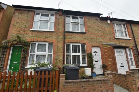 Glencoe Road, Bushey, WD23. 3 bedroom terraced house