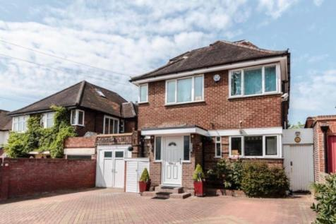 Harrow Weald, Middlesex. 4 bedroom detached house