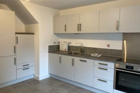 Seals Drive, Ackworth, Pontefract, WF7. 4 bedroom semi-detached house