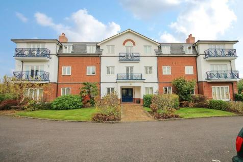 The Larches, East Grinstead. 2 bedroom apartment