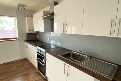 Moorfoot Place, Irvine, Ayrshire, KA11. 4 bedroom terraced house