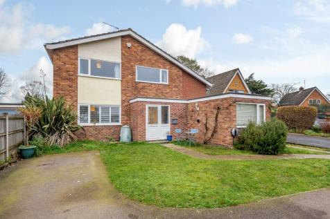 High Green, Norwich. 5 bedroom detached house for sale