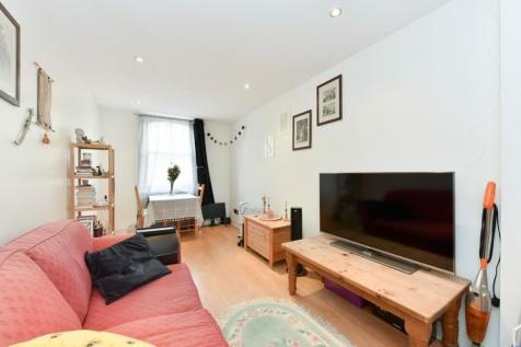 North End Road, West Kensington, W14. 1 bedroom flat