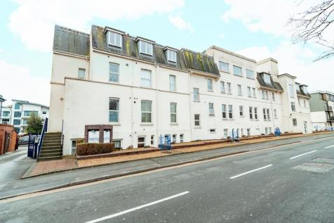 3 Owls Road , Boscombe Spa, Bournemouth. 2 bedroom flat