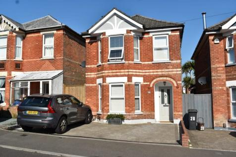 SEDGLEY ROAD, BOURNEMOUTH,. 3 bedroom house