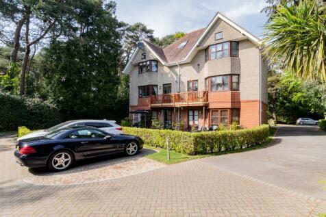 30 St Valerie Road, Meyrick Park , Bournemouth. 2 bedroom flat