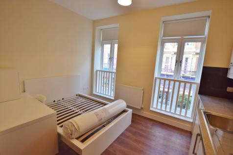 82-90 Old Christchurch Road, Bournemouth,. 1 bedroom flat
