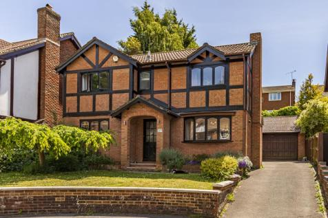 Sevenoaks Drive, Bournemouth,. 4 bedroom detached house