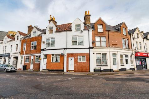 St Swithuns Road , Bournemouth, Dorset. 3 bedroom flat