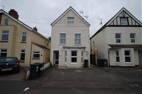 109 Stewart Road, Bournemouth,. 2 bedroom flat