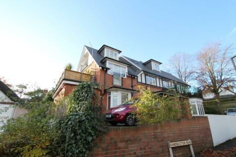 38 Sandecotes Road, Poole,. 1 bedroom flat