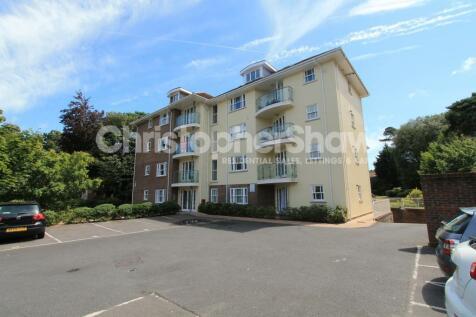 East Cliff Manor, 45 Christchurch Road,. 2 bedroom flat