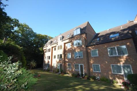 Homeoaks, 30 Wimborne Road, Bournemouth. 1 bedroom retirement property