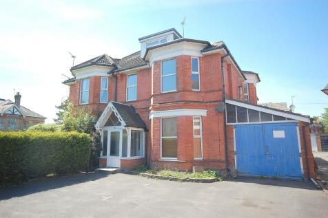 185 Holdenhurst Road, Bournemouth,. 2 bedroom flat