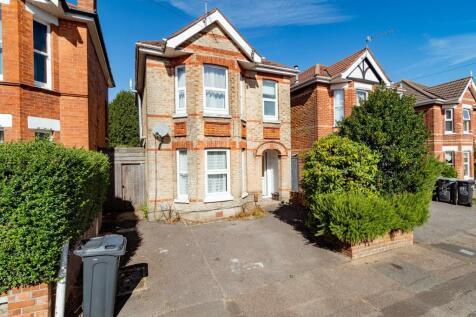 16 Osborne Road, Bournemouth,. 1 bedroom house share