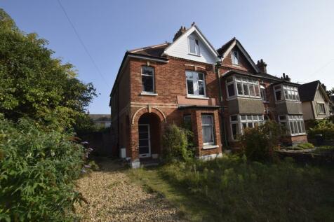 Blair Avenue, Poole,. 4 bedroom house