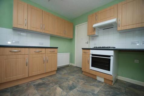 Charminster , Bournemouth,. 3 bedroom flat