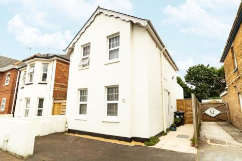 Alma Road, Bournemouth,. 3 bedroom house