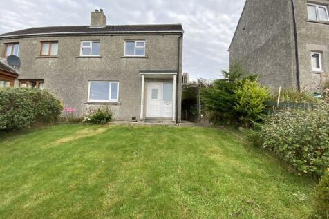 48 Quoybanks Crescent, Kirkwall, Orkney KW15 1EW. 3 bedroom semi-detached house for sale