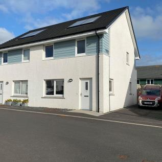 5 Gold Drive, Kirkwall, Orkney KW15 1HH. 4 bedroom semi-detached house for sale