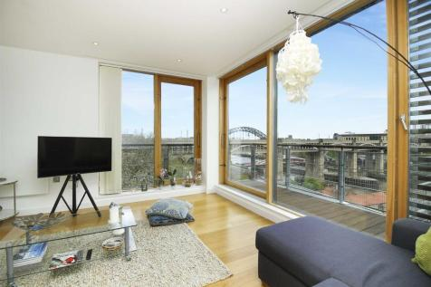 Clavering Place, Newcastle Upon Tyne. 2 bedroom flat for sale