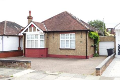 Ash Grove, Bush Hill Park. 2 bedroom detached bungalow