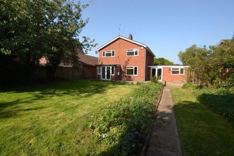 Wroxham Road, Sprowston. 3 bedroom detached house