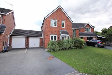 Cae'r Efail, Wrexham. 3 bedroom detached house