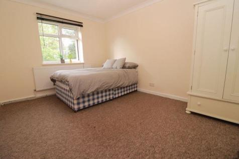Two Bedrooms - First Floor Flat - Available September 2020 - Students Welcome. 2 bedroom flat